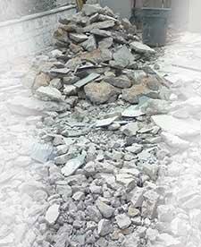 Asphalt,-Dirt-&-roof-Removal